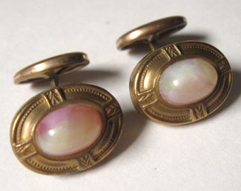 EDWARDIAN Antique 1900s Brass Repousse NOUVEAU Cream Pink Moonglow Art Glass Cabochon Swivel Back Cufflinks C&C Hallmark Downton Abbey