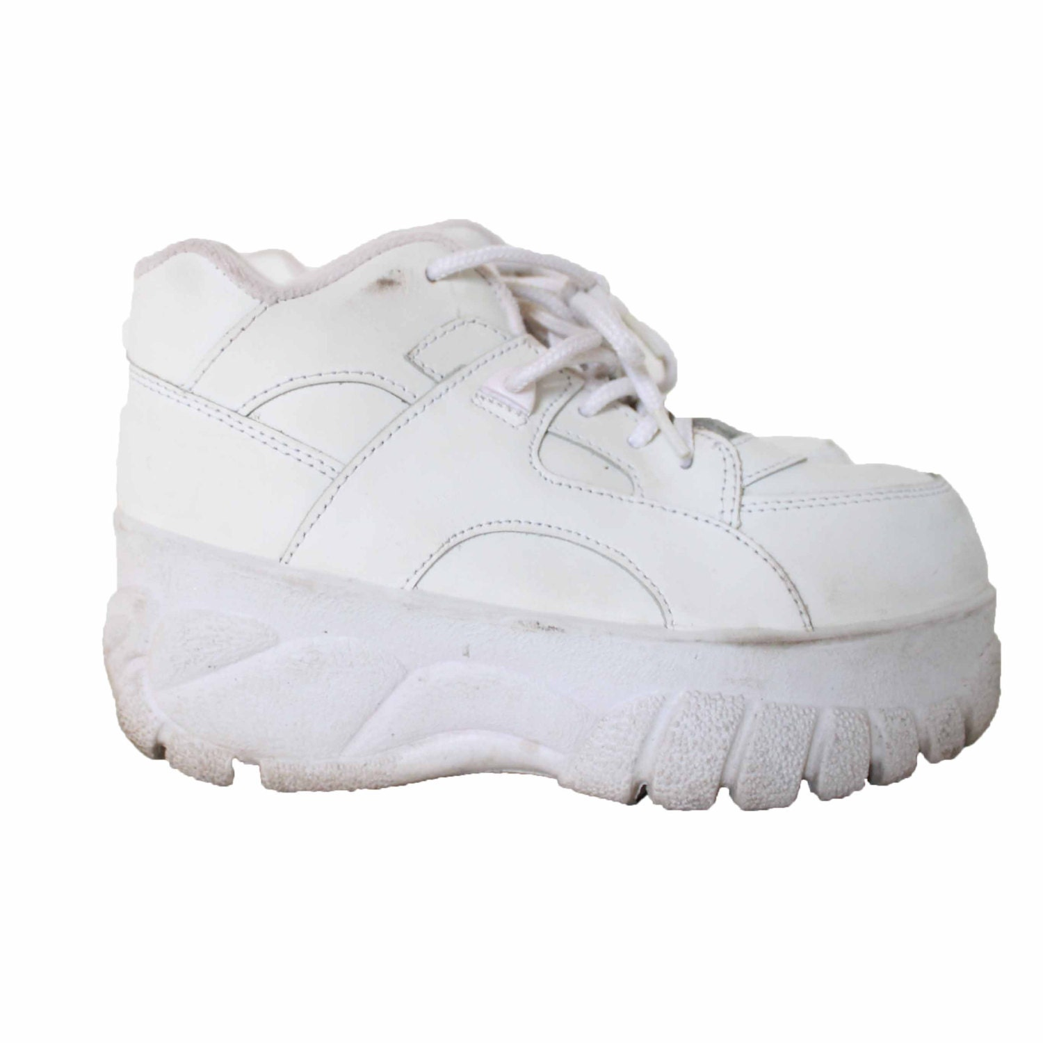 90s White Platform Sneakers Tennis Shoes // Lace Up // Spice