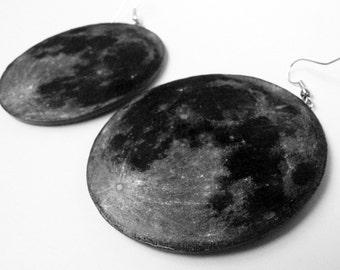 Full Moon Earrings - Big round earrings- Gray celestial body - Space jewelry