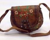 Vintage Round Tooled Brown Leather Shoulder Bag Floral Design Purse Western