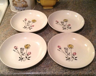 "VIntage 1950s MidCentury Set Of Four Stetson 8"" White Bowls With Fun Retro Pink Yellow And White Handpainted Roses"