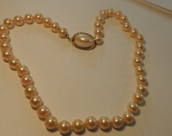 Champagne Simulated Pearl Necklace Vintage Jewelry