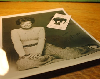 Polly Bergen actress singer tv host Autograph origional signed photograph  Hollywood memrobellia   NOT a reproduction cool and classic