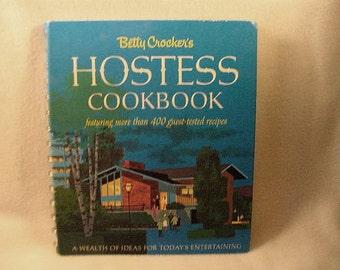 1976 First Edition First Printing Betty Crocker's Hostess Cookbook