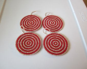 GOLD and RED ROUND Christmas Ornaments in Plastic Needlepoint Canvas