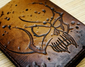 LeatherLegion , alien skull embossed bi-fold wallet