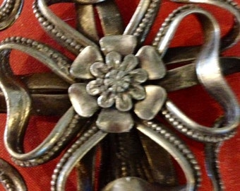 Vintage 1950's  Very Large Pewter Metal Flower Bouquet Brooch Pin