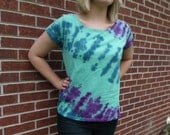 ON SALE Purple and Navy Blue on Seafoam Green Ladies XL Tie Dye Tee