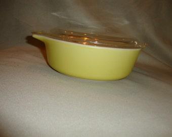 1 pt Pyrex Lemon Yellow Baking Dish Casserole with Lid