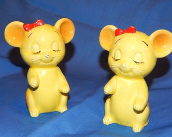 Antique Yellow Mice with Red Bows Salt and Pepper Shakers made in Japan