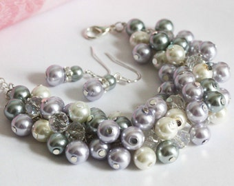 Lilac Gray and Ivory Pleal Cluster Pearl Bracelet, Pearl Chunky Bracelet, Bridesmaids Gifts, Wedding Bracelet, Purple and Gray Bracelet