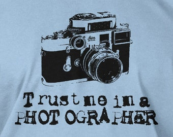 Funny Photography Gifts Idea For Photographers Film Camera T-Shirt - I'm a Photographer Tee Shirt T Shirt Geek Mens Ladies Womens Youth Kids