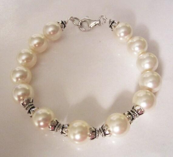 Vintage Look Bali Silver & Crystal Pearl Bracelet