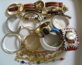 Lot of 18 Piece Gold/Silver Tone Enamel Mixed Bangle Cuff Bracelets & Watches Timex Fossil Chico's Black Hills Gold Faded Glory Speidel USA
