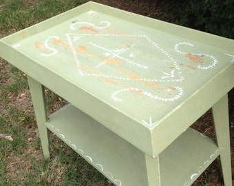 MMS Luckett's Green Side Table