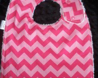 Side snapping Toddler Size Bib - Hot pink & light pink chevrons