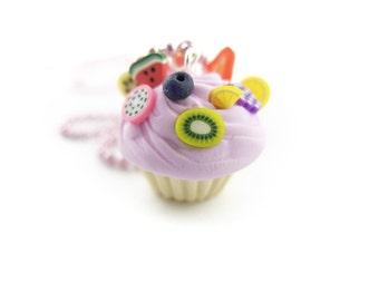 1x Cupcake necklace