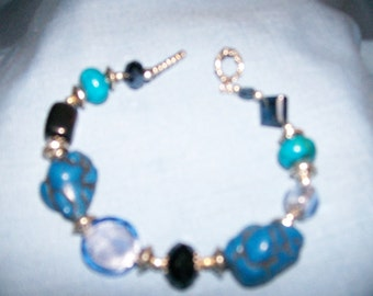 Cowgirl Bracelet - Chunky Blue Turquoise with Glass and Crystals