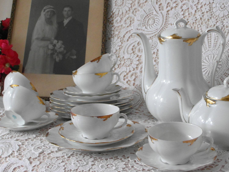 antik teetasse trio weimar porzellan wei gold handmalerei. Black Bedroom Furniture Sets. Home Design Ideas