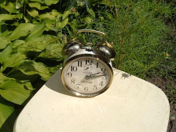 Westclox Twin Bell Wind Up Alarm Clock Big Numbered