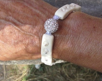 "Delicacy, elegance for this bracelet ""evening dress"""