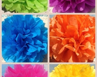 TISSUE PAPER POMS / 20 tissue paper pom poms / wedding decorations, bridal shower, birthday decorations, nursery decor, baby shower, diy