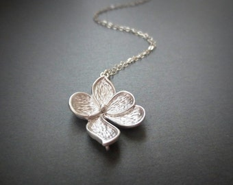 Magnolia Flower Necklace in STERLING SILVER CHAIN--5 Leaves Flower Necklace-Perfect Gift for mom for friends,Birthday Present
