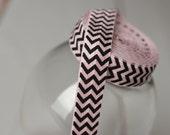 Items Similar To Chevron Foe Light Pink And Black Fold