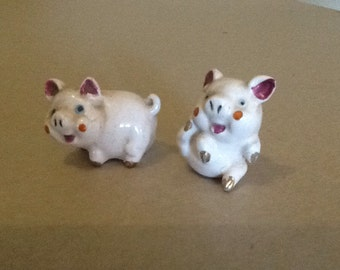 Jolly Pink Pigs