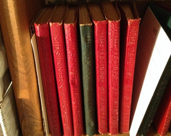 Shakespeare, Little Leather Library, Comedy of Errors, King Lear, Wives of Windsor, Midsummer Night, Tempest, 12th Night