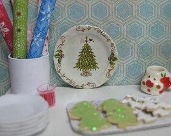 Vintage Christmas Tree Plate for Dollhouse