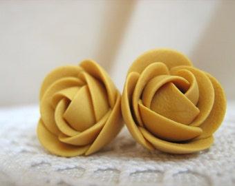 Polymer clay earrings - Mustard yellow brown rose flower stud earrings