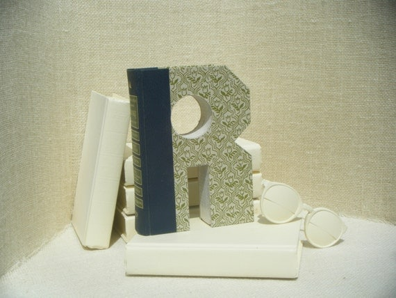 ALPHABET LETTER (R) Book Art, Cut Book, Home Decor Ideas, Cut Book Letter Unique Engagement Gift, Baby Room Decor, Book Letters