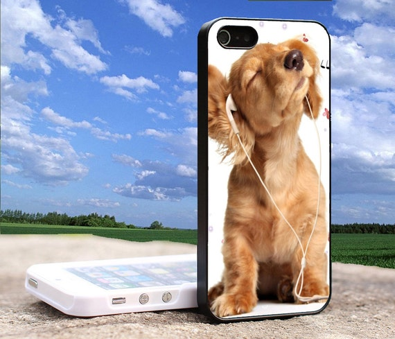 Cute Dog Listening To Music Iphone 4 4s