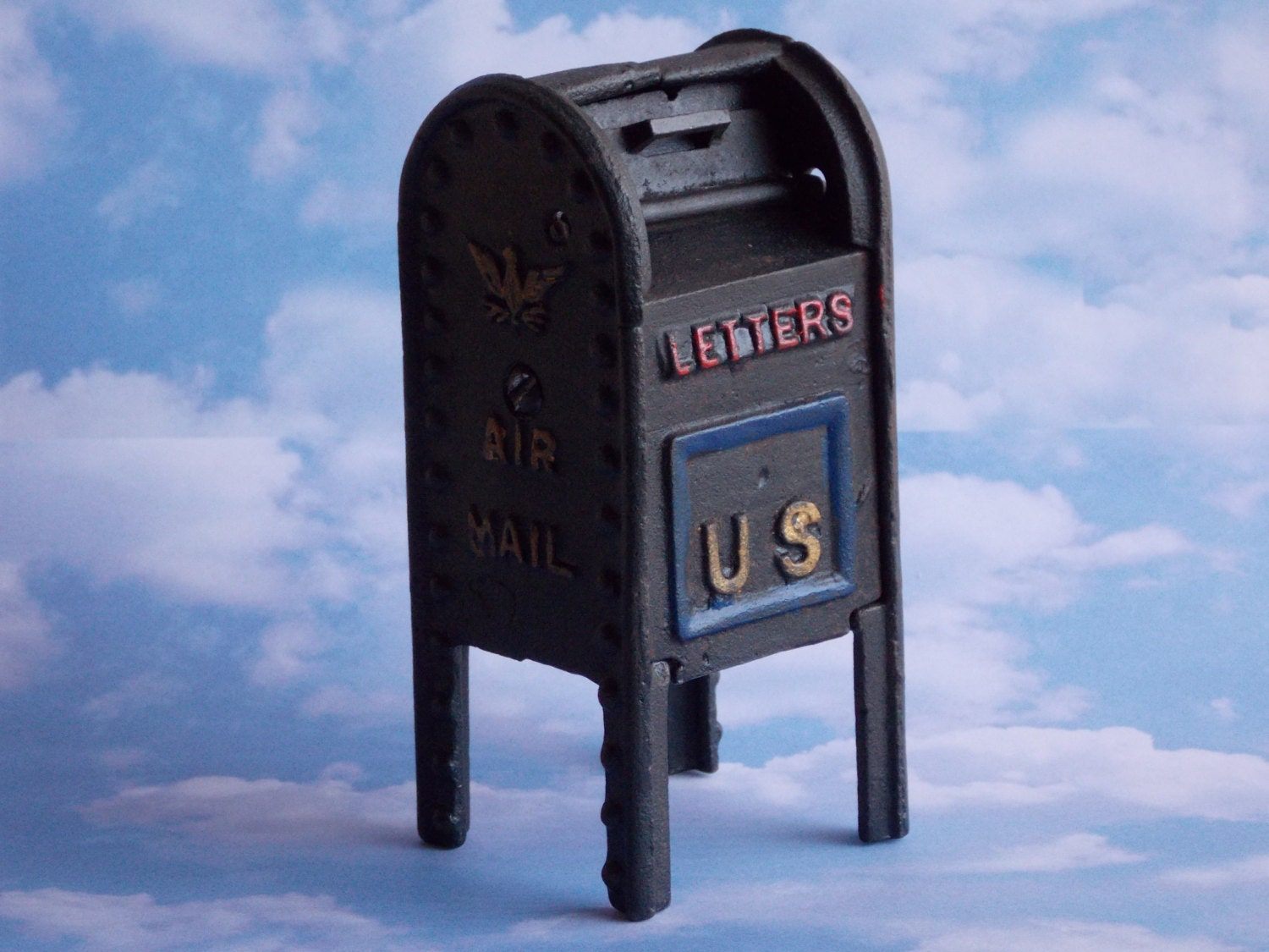 Vintage Cast Iron US Air Mail Mailbox Still Bank Coin Bank Toy