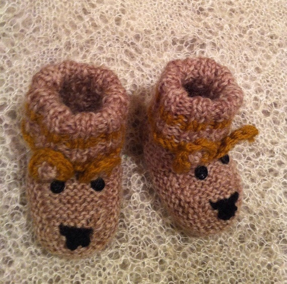 Knitting Patterns For Dog Booties : Knit Baby Booties. Dog Knitting Baby Booties. Knitted baby