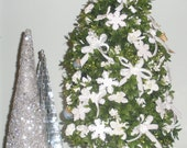 Wedding Christmas Tree, Table Top Tree, Customized, Handmade, Centerpiece, Unique Bridal Gift, Wedding Decoration, Made to Order