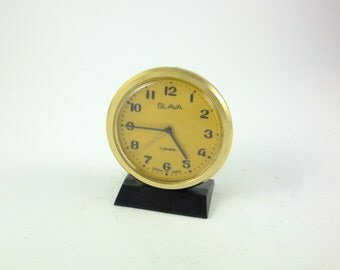WORKING !!!  Vintage Russian Mechanical Alarm Clock Slava from Soviet Union Period 11 Jewels Black Golden Toned, CCCP