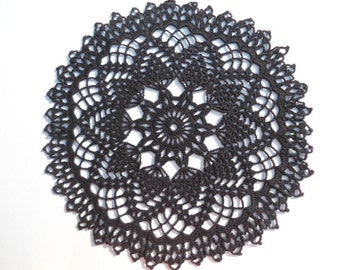 Black crochet doily , Halloween doily , lace , round , 13 inches