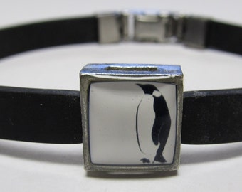 Cute Penguin Link With Choice Of Colored Band Charm Bracelet