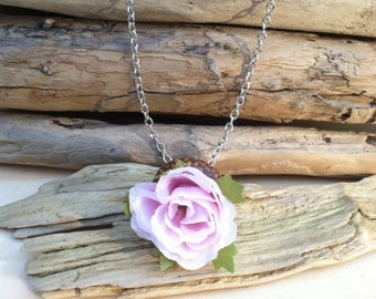 Acorn cap silk flower necklace