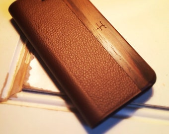 iPhone 5/5s Vintage Brown Leather with Bois De Rose Wood Case