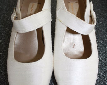 Girls Wedding shoes for Bridesmaid or flower girl size 3