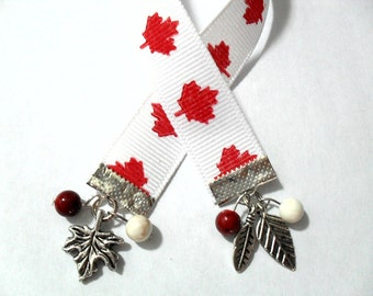Canada Ribbon Bookmark, Patriotic Canadian Beaded Book Marker with Maple Leaf Charm, Canada Day Gifts, Native Canadian Pride
