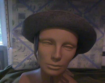 1940s Girls Grey Felt Hat with ear warmers attached, Has long grey    #H15