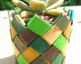 Origami plant made of recycled cardboard paper towel tubes - strong & sturdy, long-lasting - shades of green, yellow, brown