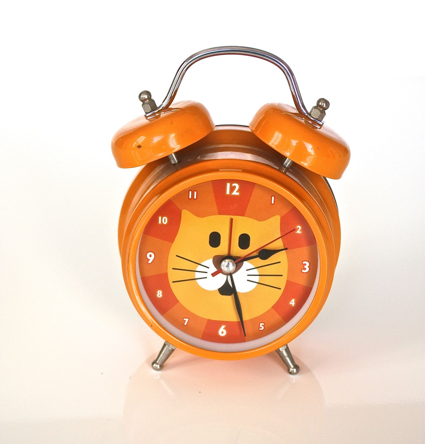 Kitty cat clock alarm meows too cute - Kitty cat clock ...