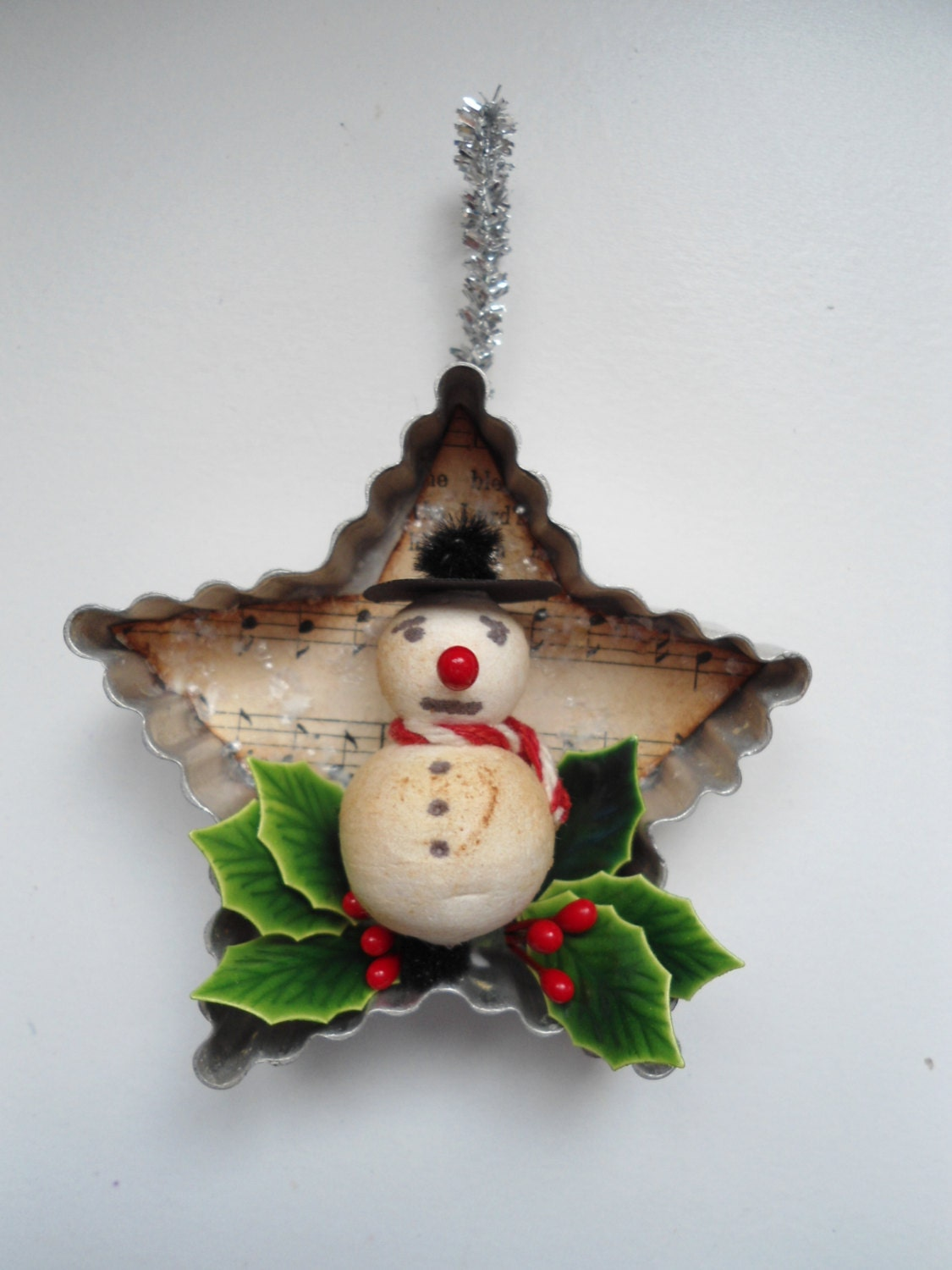 Vintage Inspired Old Fashioned Christmas Ornament
