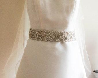 Crystal wedding dress sash - Felur v2 - 18 inches (Made to order)