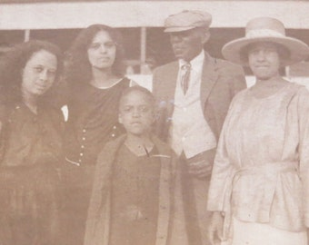 Vintage 1920's African American Wealthy Black Family Poses On The Beach Snapshot Photo - Free Shipping